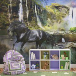 Fotótapéta - Ló a háttérben égszínkék vízesés
