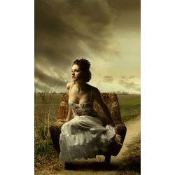 GIRL ON ARMCHAIR fotótapéta, poszter, vlies alapanyag, 150x250 cm