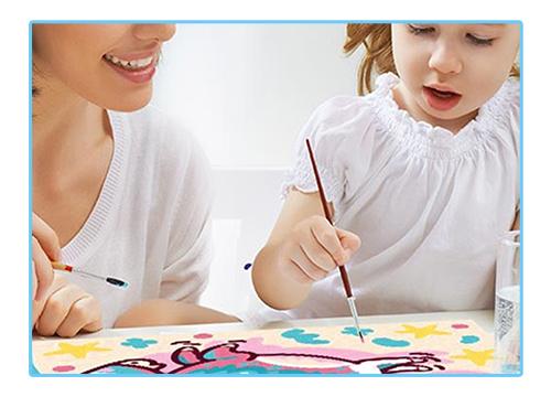 Miért remek móka és hasznos időtöltés a gyerekkifestő?