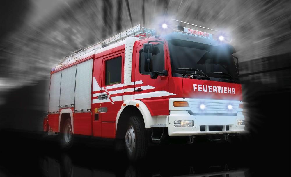 Tűzoltó autó 2023 több méretben, alapanyagban